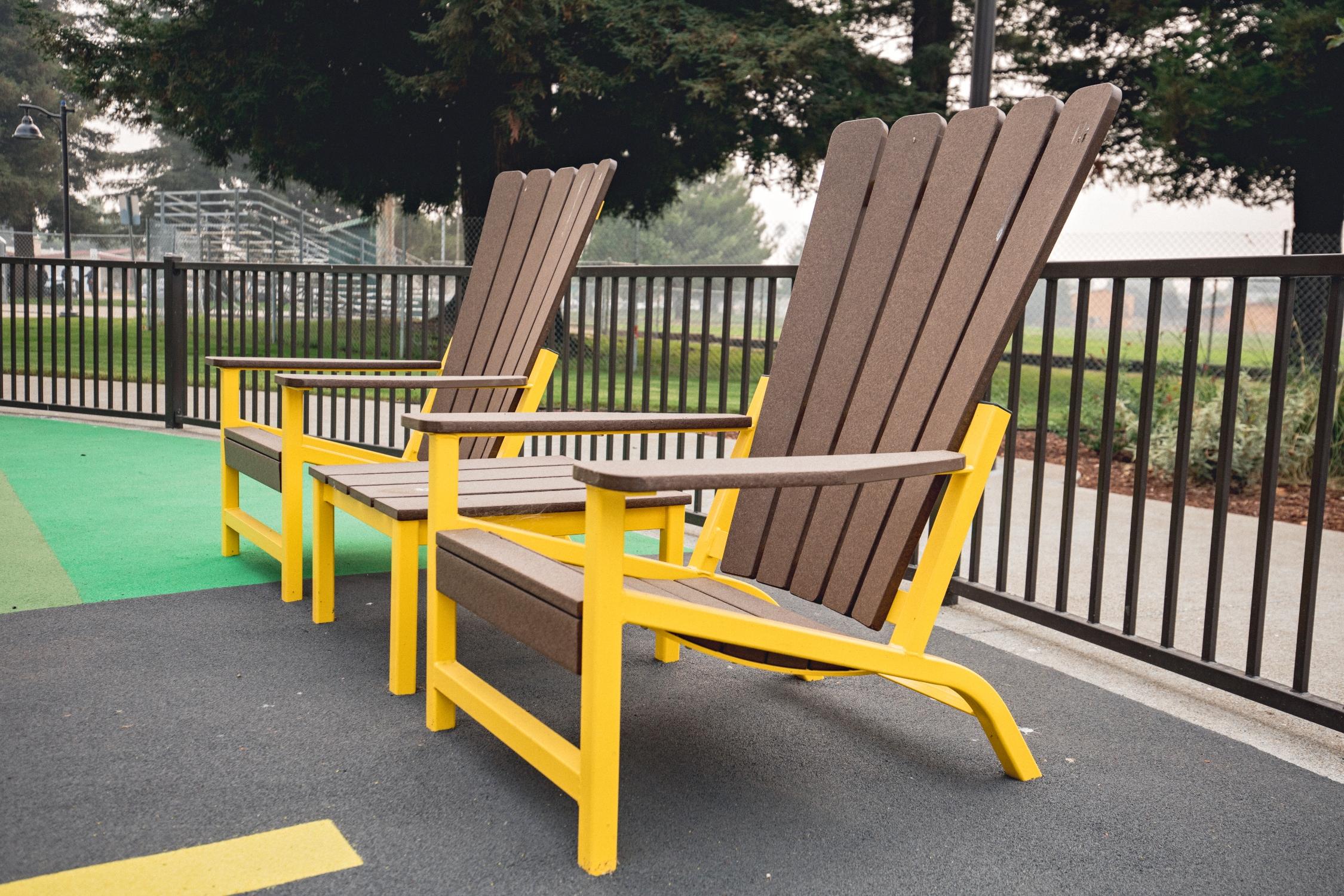 Monona Chair